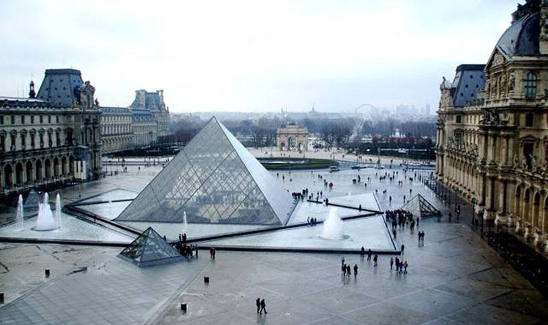 ساختمان های فاخر نمای شیشه ای
